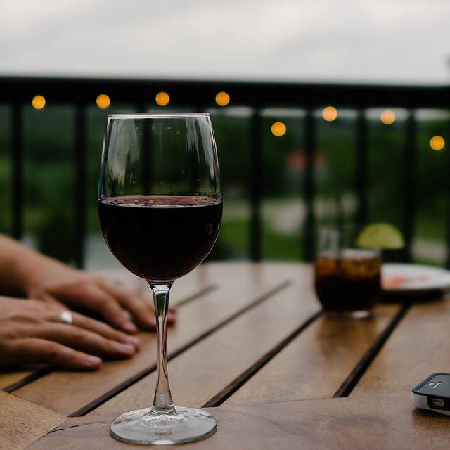 wine-690299_640